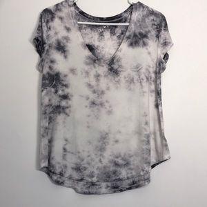 AEO Tie Dye Favorite Tee Gray & White